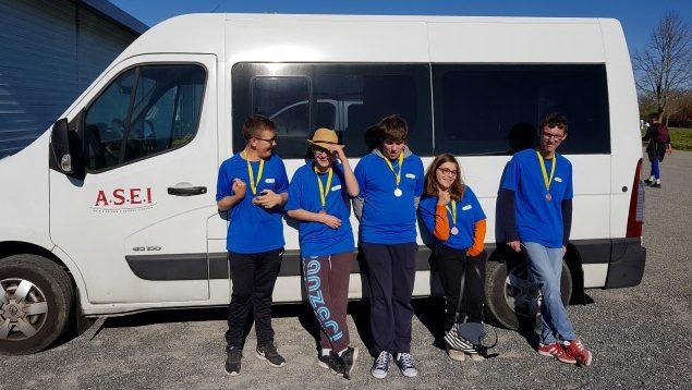 Jean Gabriel, Charles, Louis, Jade et Enzo, médaillés de Bronze au Championnat.